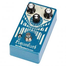 EarthQuaker Devices Aqueduct Vibrato - Pedal vibrato
